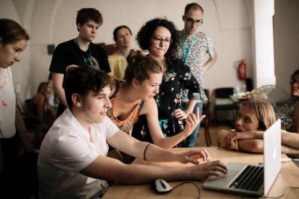 Foto: Tomáš Hejzlar, Buď VJ: Videomapping a živá animace v