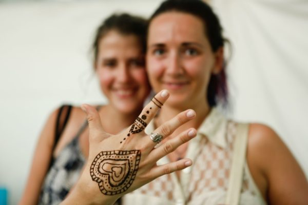 foto: Marek Malùšek, Malování hennou